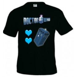 Camiseta Doctor Who Tardis Corazones