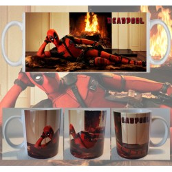 Taza Deadpool Acostado