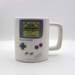 Taza Nintendo Game Boy con bolsillo para galletas